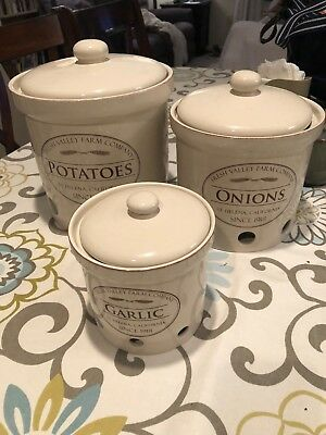 Fresh Valley Farm Co. ONIONS Stoneware Crock w/Air Holes Chefs Nice
