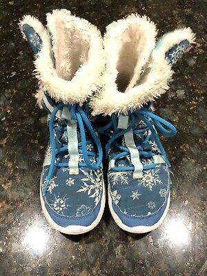 67ebdfad14d27 EXCLUSIVE Nike Roshe One HI Print Sneaker Boots Girls Youth 3Y SNOWFLAKES  Blue