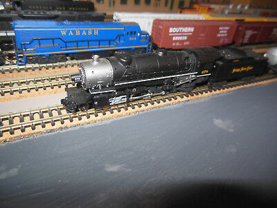 N Scale KATO 2-8-2 MIKADO LOCO NKP rr with DCC + knuckle couplers Great cond.