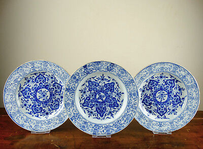 Set of 3 Antique Chinese Porcelain Plates Blue and White 18th Century Qianlong