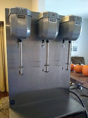 Waring Commercial DMC201DCA Triple Spindle Drink Mixer USED