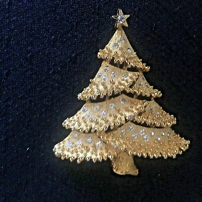 Vintage  Christmas Tree Pin Brooch Gold Tone With Tiny Rhinestones Signed Jj