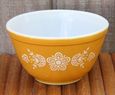 """Vintage Pyrex USA 401 Gold Butterfly Mixing Serving Bowl 1 1/2 Pint 6"""" Nesting"""