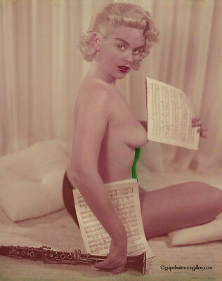 Bunny Yeager 1960s Color Camera Transparency Sultry Pin-Up Pose Joyce Miles NR!