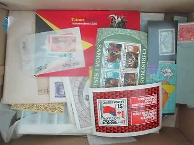 ESTATE SALE: World in box unchecked unsorted serious value  FREE POST (7951)