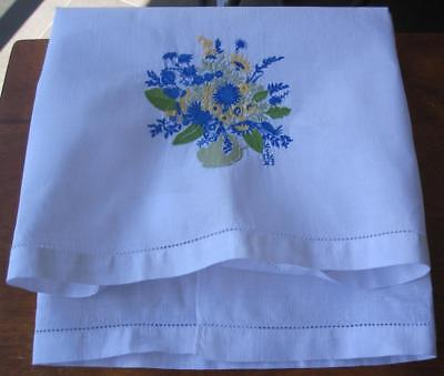 Vintage Quality Linen Machine Embroidered TROLLEY CLOTH 'Never Used'