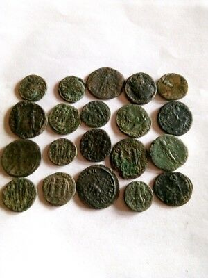 052.Lot of 20 Ancient Roman Bronze Coins,Very Fine