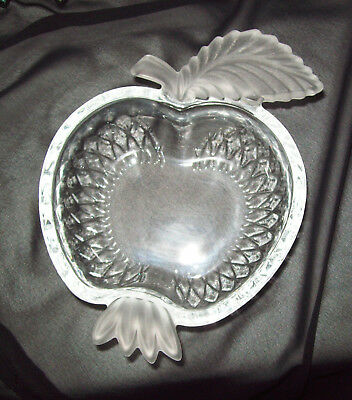 Strawberry Shape Dish with Frosted Leaf - Solid