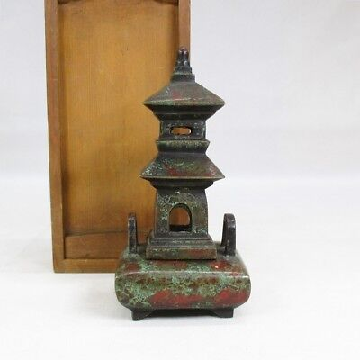 A522: Chinese old copper incense burner of tower statue with wonderful taste