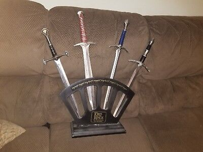 The Lord of the Rings Fellowship of the Rings Sword Set W/ Display Pakistan