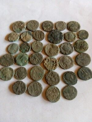058.Lot of 33  Ancient Roman Bronze Coin, Uncleaned
