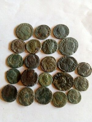 059.Lot of 22 Ancient Roman Bronze Coins, Very Fine