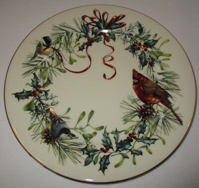 Lenox Fine Ivory China Winter Greetings Dinner Plate Cardinal Bird Red Ribbon
