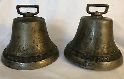 2] Antique 1920 vintage Brass COLONIAL 1832-1920 Cow BELL Farm Livestock w/gongs