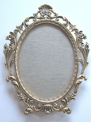 Antique Oval Picture Frame Gold Plated Made in Sydney By Attila