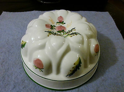 Unusual Vintage Hand Decorated Ceramic 7 Inch Jelly / Blancmange Mould
