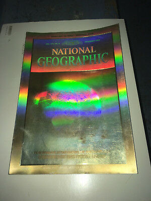 National Geographic Magazine Dec 1988 - Holographic Cover Vol. 174  no 6