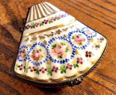 Incredible Vintage Hand Painted Limoges Shell Shaped Trinket Box NR