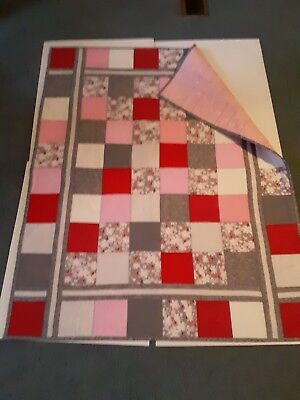 Baby Homemade Lap Size Quilt For Kids.red ladybugs design