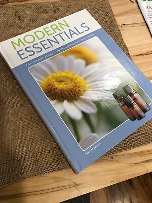 Modern Essentials Book 7th edition by Aromatools Essential oils guide book NEW