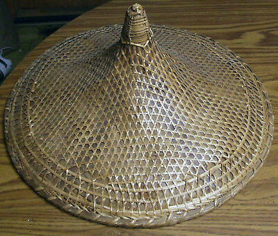 Vintage COOLIE HAT Asian sun rice patty bamboo straw conical Chinese Japan woven