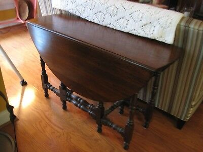 Vintage Walnut Drop Leaf Gate-Leg Oval Table with Drawer