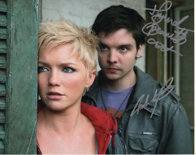 Primeval Photo Signed In Person By Hannah Spearritt & Andrew Lee Potts - D153