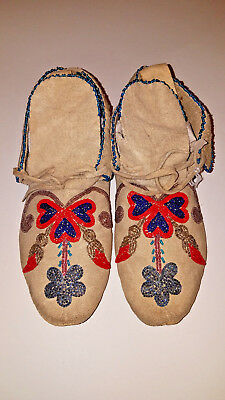 beaded moccasins, Santee Sioux or Plateau style