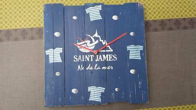 Horloge en bois saint James