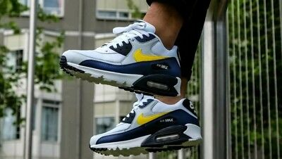 info for 8c50a 928d8 Nike Air Max 90 Essential Size Uk 8.5 Eur 43