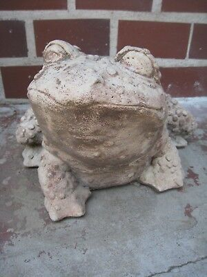 Vintage Cement/Concrete bumpy Garden Frog Toad LARGE,  PICKUP REDUCED