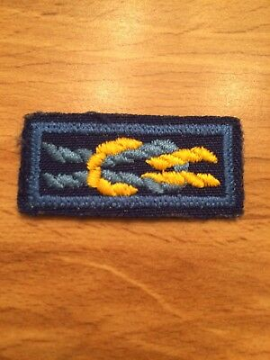 Cub Scouter Award Knot Patch Blue & Gold (yellow?) - Preowned