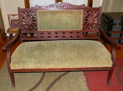 Victorian Eastlake 1880s Hand Carved Fretwork Sofa Couch Bench Setee Original
