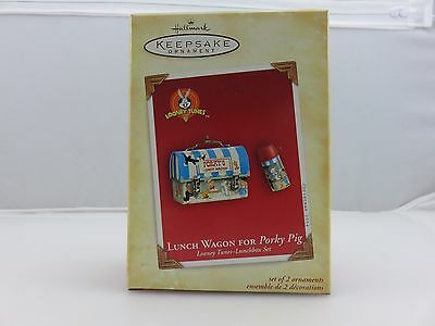 Hallmark Keepsake Ornament LUNCH WAGON FOR PORKY PIG Lunch Box Looney Tunes NEW