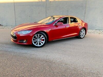 2015 Tesla Model S P85D 2015 Tesla Model S P85D  Like  85 P100d P90d X - Red !   LOW Miles !   AMAZING !