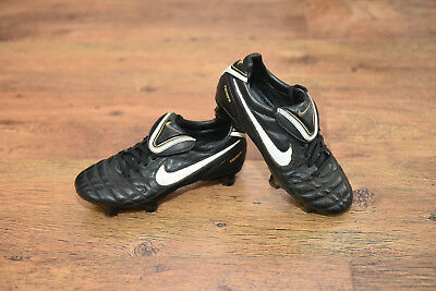 1098af197fd Nike Tiempo Legend III SG PRO Football Boots Size 3.5 uk VGC womens or boys