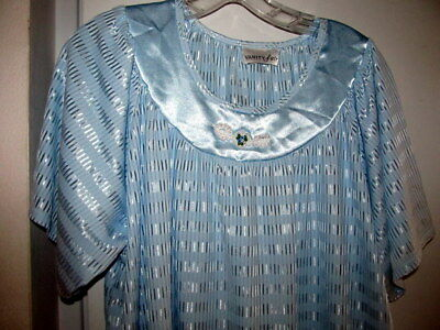 Large L Vintage Nightgown Lingerie Vanity Fair Blue Silky Shiny Comfortable NICE