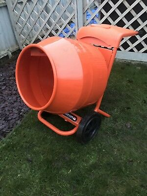 Belle Minimix 150 Cement Mixer 110v , absolutely immaculate Concrete Mixer 110v