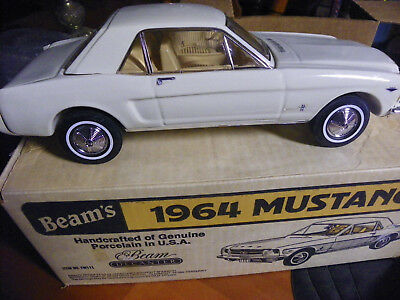 EXCELLENT 1964 WHITE Mustang Jim Beam Decanter in box