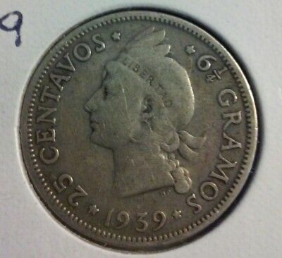 1939 Dominican Republic 25 Centavos Coin- KM#20 - .900 Silver  (#IN1182)