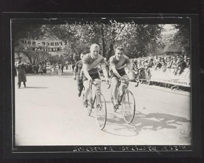 Photo D Apres Plaque De Verre Darrigade Anquetil 1957  Daumesnil Cyclisme