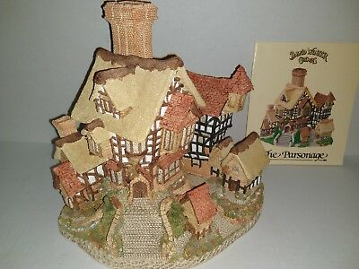 Vintage David Winter Cottages The Parsonage 1984 with certificate no box