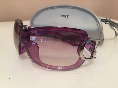 9f2a46a563c AUTHENTIC CHRISTIAN DIOR Purple Sunglasses with Case -  79.99