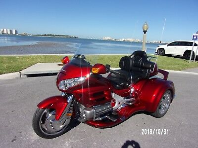 2008 Honda Gold Wing  2008 HONDA GOLDWING GL1800 W/2018 CALIF SIDECAR CONVERSION VIPER KIT RED