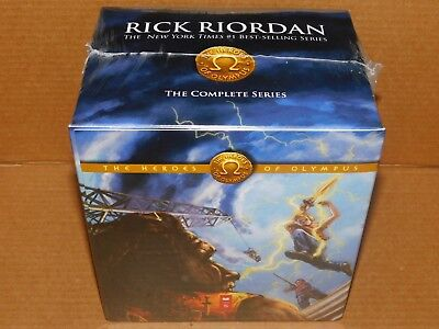 The Heroes of Olympus 5 Books Box Set AND Poster Rick Riordan New Sealed