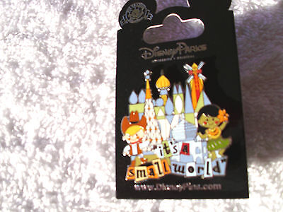 Disney * IT'S A SMALL WORLD * Castle Cowboy Hula Girl * New on Card Trading Pin