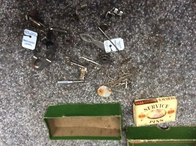Vintage Singer Sewing-Box Of Singer Accessories/Feet 201/99/66/28/221/15 Etc