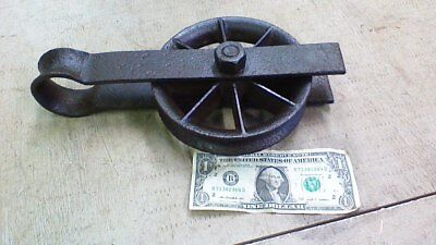 Antique Vintage Cast Iron Barn Lift Pulley Old Farm Tool Rustic Primitive 6""