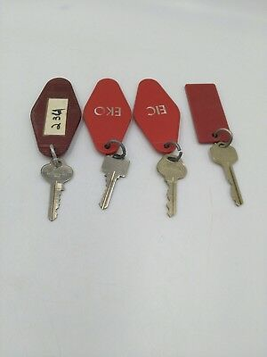 Hotel Motel Keys w/ Fobs lot of 4 keys  Vintage