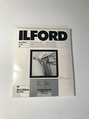 Ilford Multigrade III RC RAPID MGR .44M 5 x 7 Photographic Paper Pearl 25 Sheets
